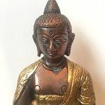 Amithaba Boeddha Dhyani tweekleurig 15cm
