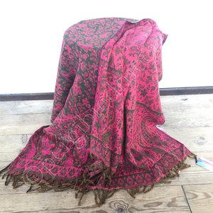 Yogastyles meditatie omslagdoek bewerkt roze/groen