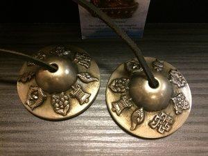Tingsha's superieure klank 8 voorspoedsymbolen 6,5 cm