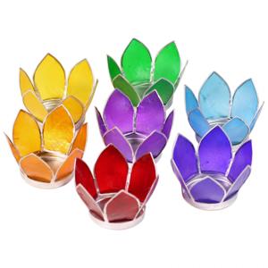 Lotus sfeerlicht klein - 7 chakrakleuren - zilverkleurige rand waxinelichthouder