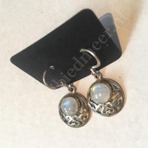 Zilveren oorbellen Maansteen edelsteen bewerkt